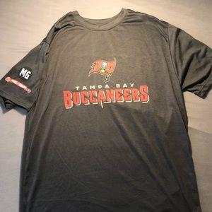 Tampa Bay Buccaneers x Publix black tee